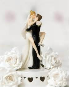 engagement rings for cheap 500 and groom wedding cake topper ipunya