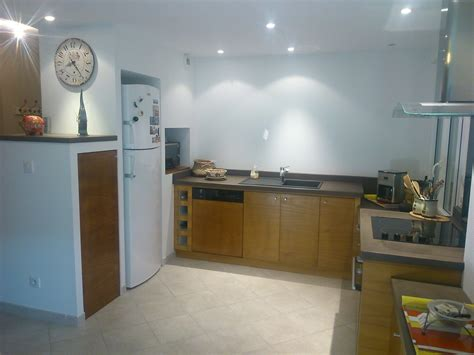cuisine avec spot cuisine avec spot faux plafond moderne avec spots
