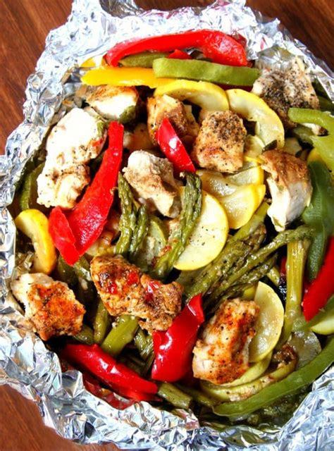 foil chicken packets grilled chicken and vegetable foil packets happy go lucky