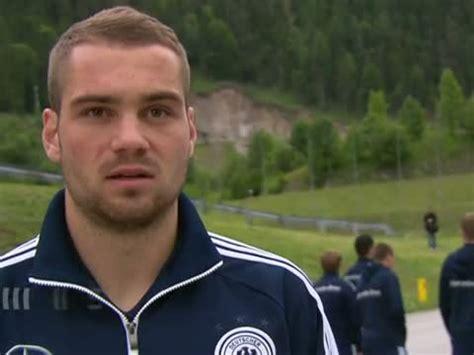 Anpfiff am samstagabend ist um 21 uhr. Nationalmannschaft: Stefan Kuntz zum Bundestrainer-Job ...