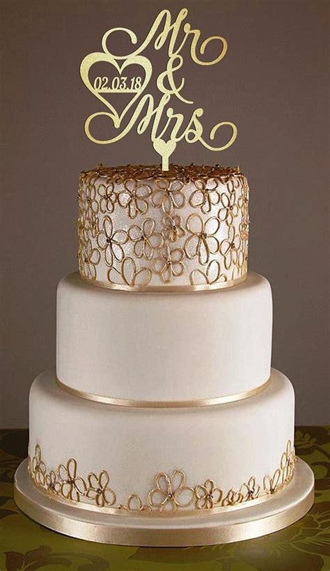 Wedding Cake Topper With Personalized Surname Wood Cake