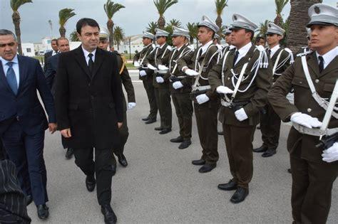 tunisie le minist 232 re de l int 233 rieur re 231 oit un don allemand en mat 233 riel et 233 quipements