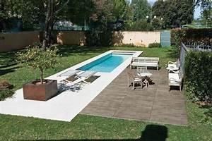 nivremcom terrasse piscine bois ou carrelage diverses With carrelage piscine imitation bois
