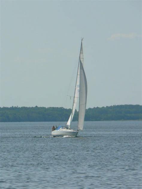 Sailing Boat Wikipedia by File Sailing Boat Jpg Wikimedia Commons