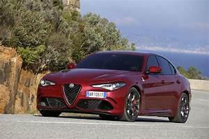 Alfa Romeo Q4 : alfa romeo giulia veloce heading to paris with new engine q4 awd carscoops ~ Gottalentnigeria.com Avis de Voitures