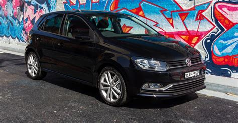 volkswagen polo 2016 black 2016 volkswagen polo review caradvice