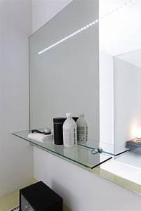 Miroir Led Leroy Merlin : specchiera da bagno con luce led idfdesign ~ Dode.kayakingforconservation.com Idées de Décoration