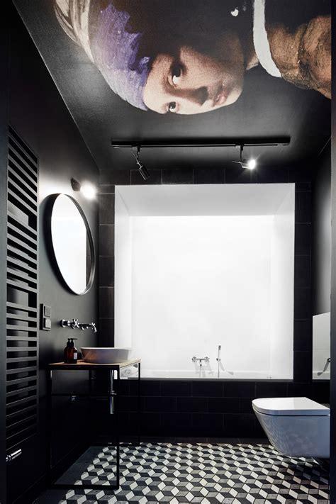 stilvolle und mutige badgestaltung  schwarz freshouse