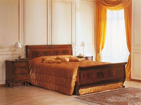 19th century bedroom walnut bed and table