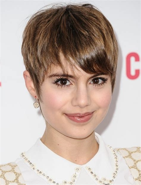 HD wallpapers cute hairstyles for long hair and short bangs