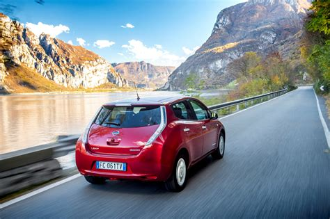 renault nissan renault and nissan to build next generation of evs on