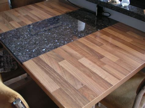Holzplatte In Der Küche by Intarsie Aus Granit In Holzplatten 1 2 Do Granit