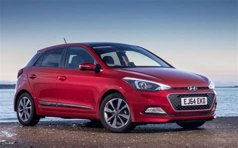 hyundai  review quiet roomy  worth  penny