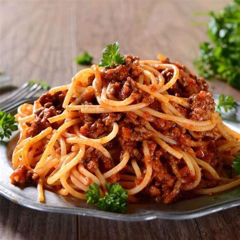 herbes cuisine recette spaghettis bolognaise rapides facile