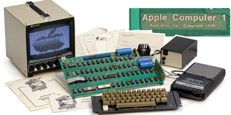 One Of Eight Remaining Functional Apple I Computers Goes