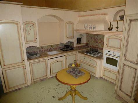 cuisine contemporaine ilot central fabricant cuisines provençale sur mesure arles bdr