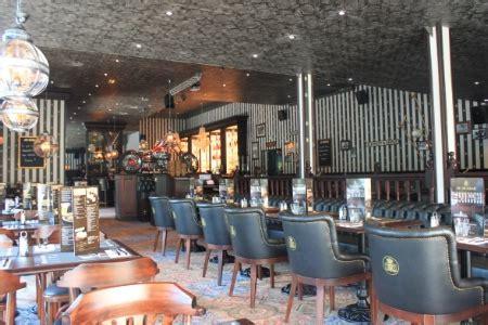 pub au bureau franconville 28 images groupe roches agencement de bars et restaurants au