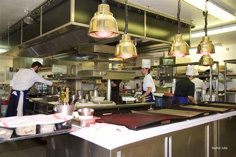 emploi chef de cuisine bordeaux le superbe en journée magique le soir bordeaux cuisine and co