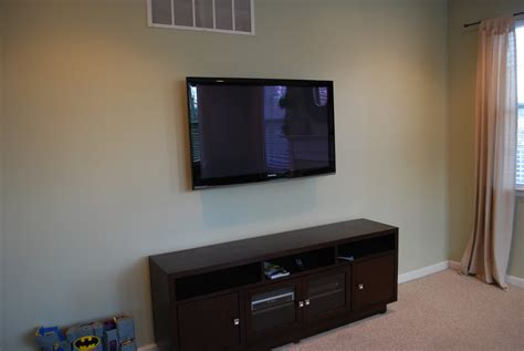 Hang L On Wall by Tulip And Turnip Design Dilemma Tv Wall