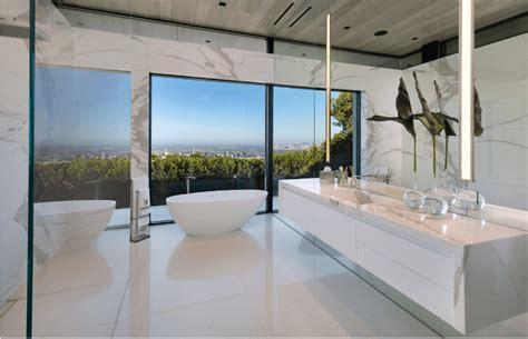 sleek modern master bathroom ideas