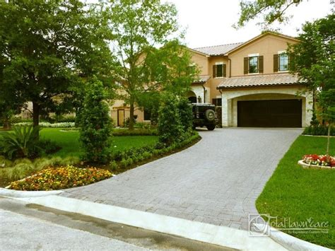 Pictures Of Landscaping Homes