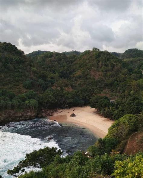 pantai  jogja secuil pesona alam daerah istimewa