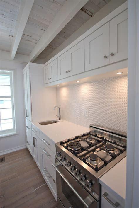 stove cabinets cottage kitchen beach brights