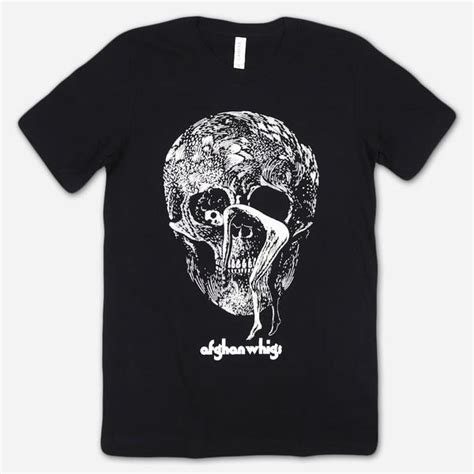 It is a company that offers you the service of helping you move your money between people and providing an app to make doing it simple. Skull Black T-Shirt - Hello Merch
