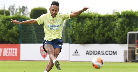 Aubameyang eyes Golden Boot, Lacazette rests - Arsenal ...