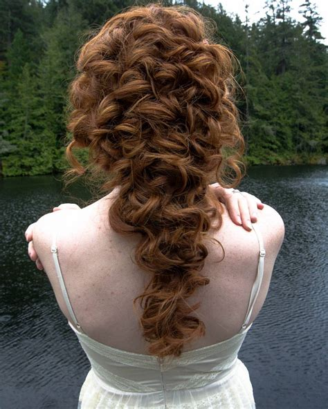 Grad Updo Hairstyles by 40 Outdo All Your Classmates With These Amazing Prom