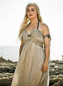 Game of Thrones: Emilia Clarke ranks her Daenerys costumes ...