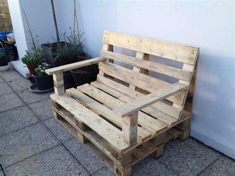 canapé avec palette bois fabrication canapé en palette