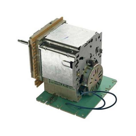 programmateur de lave linge aeg r 233 f 3563991 lavage lave linge programmateur