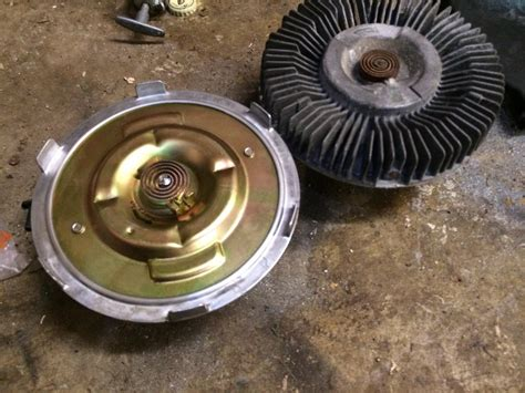 how to remove fan clutch how to di viscous fan clutch removal page 2 land