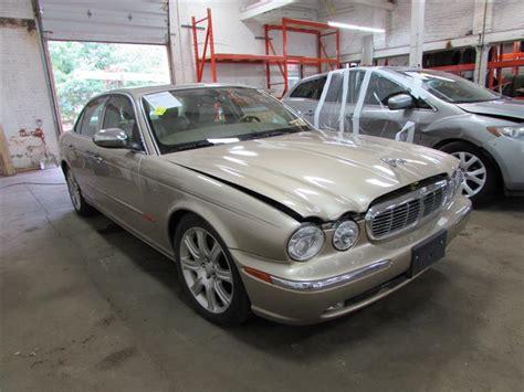 Parting Out 2004 Jaguar Vanden Plas