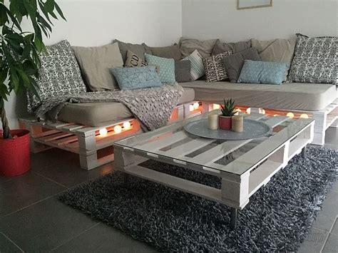canapé en palette de bois les 25 meilleures idées concernant canapé en palettes sur
