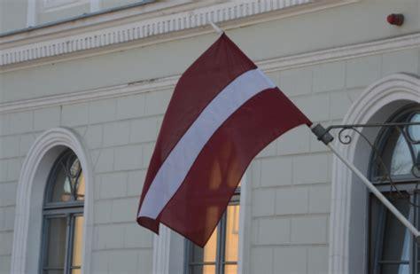 Par karoga pacelšanu Jēkabpils pilsētas svētkos- 15. un 16 ...