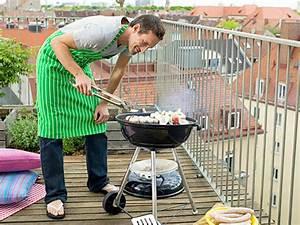 Grillen Auf Dem Balkon Erlaubt : grillen auf dem balkon n tzliche tipps und praktische helfer ~ Whattoseeinmadrid.com Haus und Dekorationen