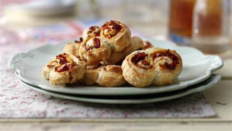 pastry canapes recipes sun dried tomato and rosemary palmiers