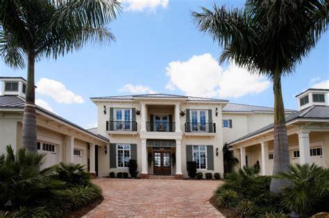 Contemporary Florida Style Home Design Plan #1810  House