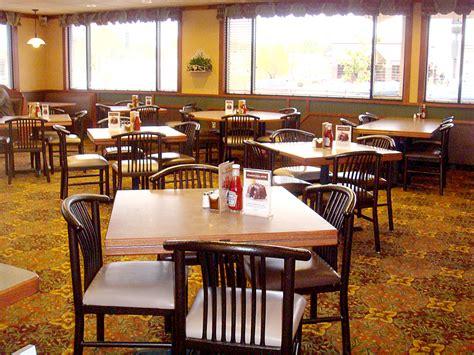 table cuisine bar bar booths tables restaraunt both tables topss cafe