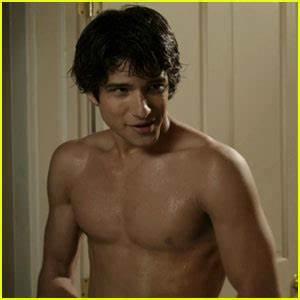 Tyler Posey: 'Teen Wolf' Trailer! | Colton Haynes ...
