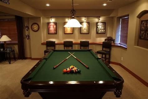basement den decorating ideas   home