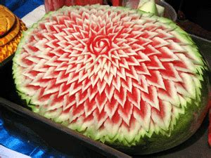 cuisine flamande chionnat européen de sculptures florales sur fruits et légumes