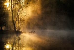 Morning mist on the lake wallpaper 19371 | Chainimage