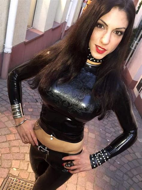 Pin On Collar And Latex