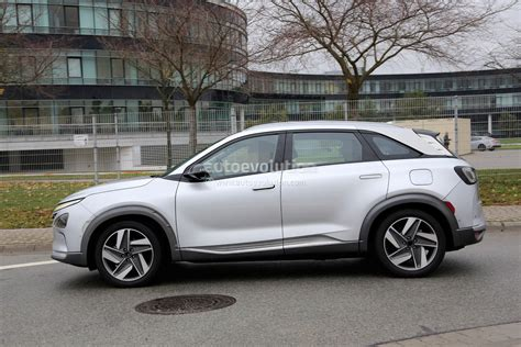 New Hyundai Fuel Cell Electric Suv Looks