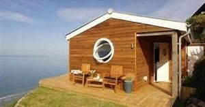 Maison En Bord De Mer : cette petite maison en bord de mer ne fait que 30 m mais attendez de voir la vue du salon ~ Preciouscoupons.com Idées de Décoration