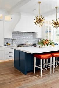 Coastal, Transitional, Kitchen, With, Starburst, Pendant, Lights