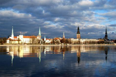 Swedbank: Starp Baltijas valstu galvaspilsētām mājokļu ...